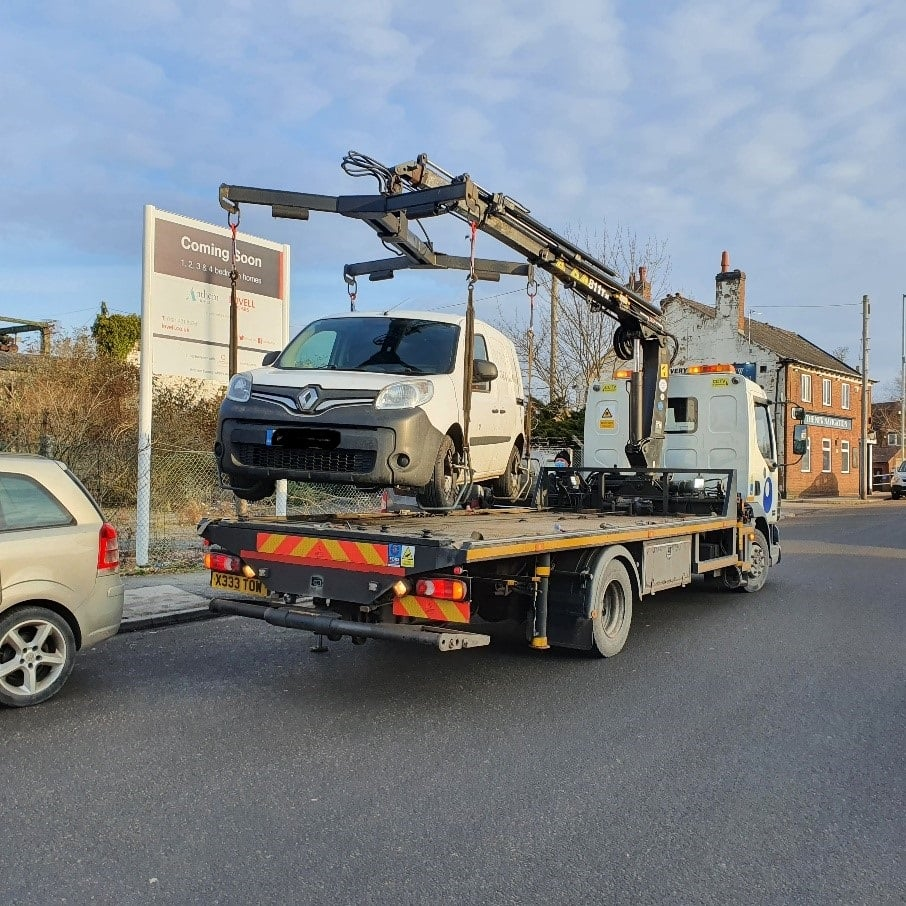 Assisting Walsall Council to seize three 'flytip' vehicles